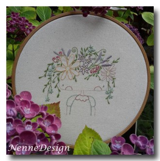 NenneDesign Stitchery Flower Girl