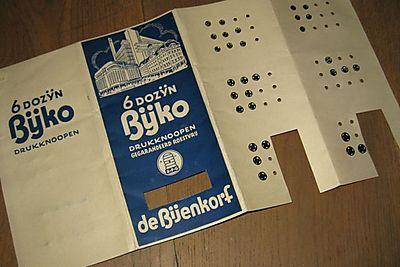 Drukknopenkaart Bijenkorf 1a