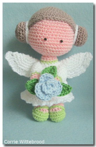 Bloemen engeltje Corrie