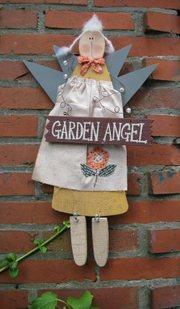 Garden_angel_2